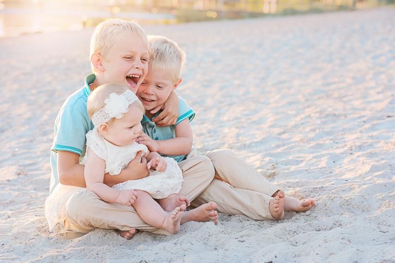 Barnfotografering av barnfotograf Kajsas Foto