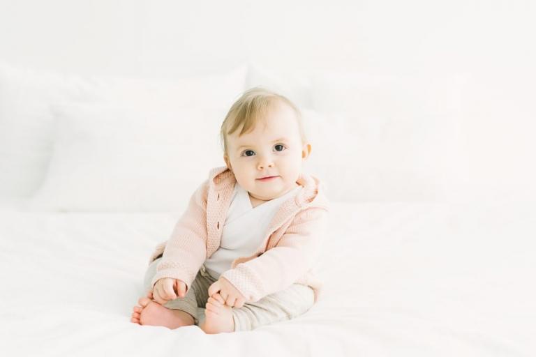 babyfoto under babyfotografering Lund