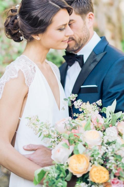 Bröllopsfotografering i Skåne, Sverige med brudpar av bröllopsfotograf Kajsas Foto
