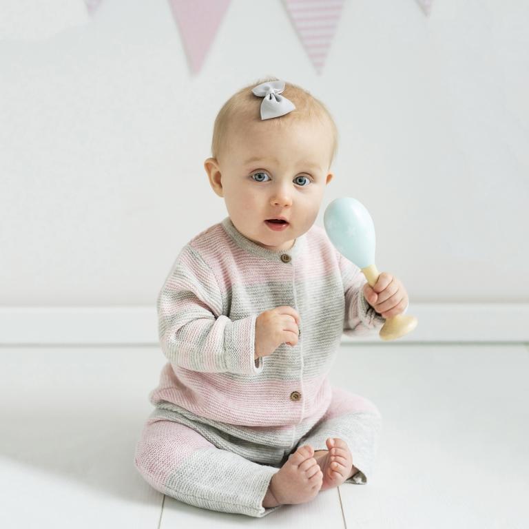 bebisfotografering i studion i Lund, Skåne - mamma och barn
